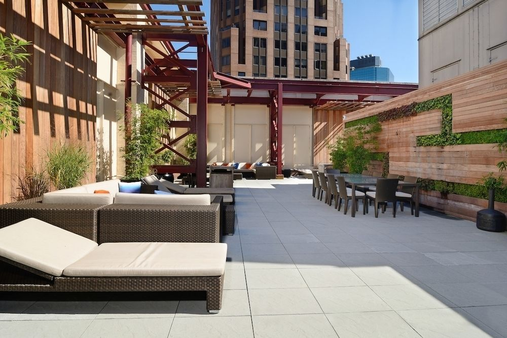 Streeteasy 10 Hanover Square In Financial District 20m