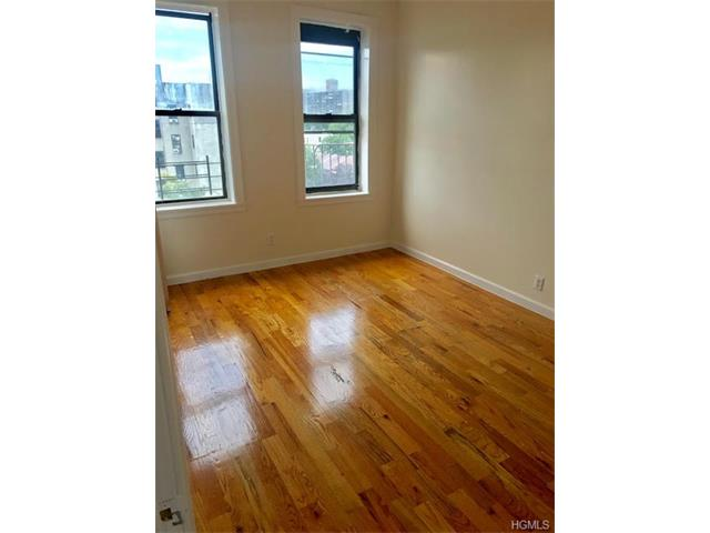 East Tremont Apartments For Rent