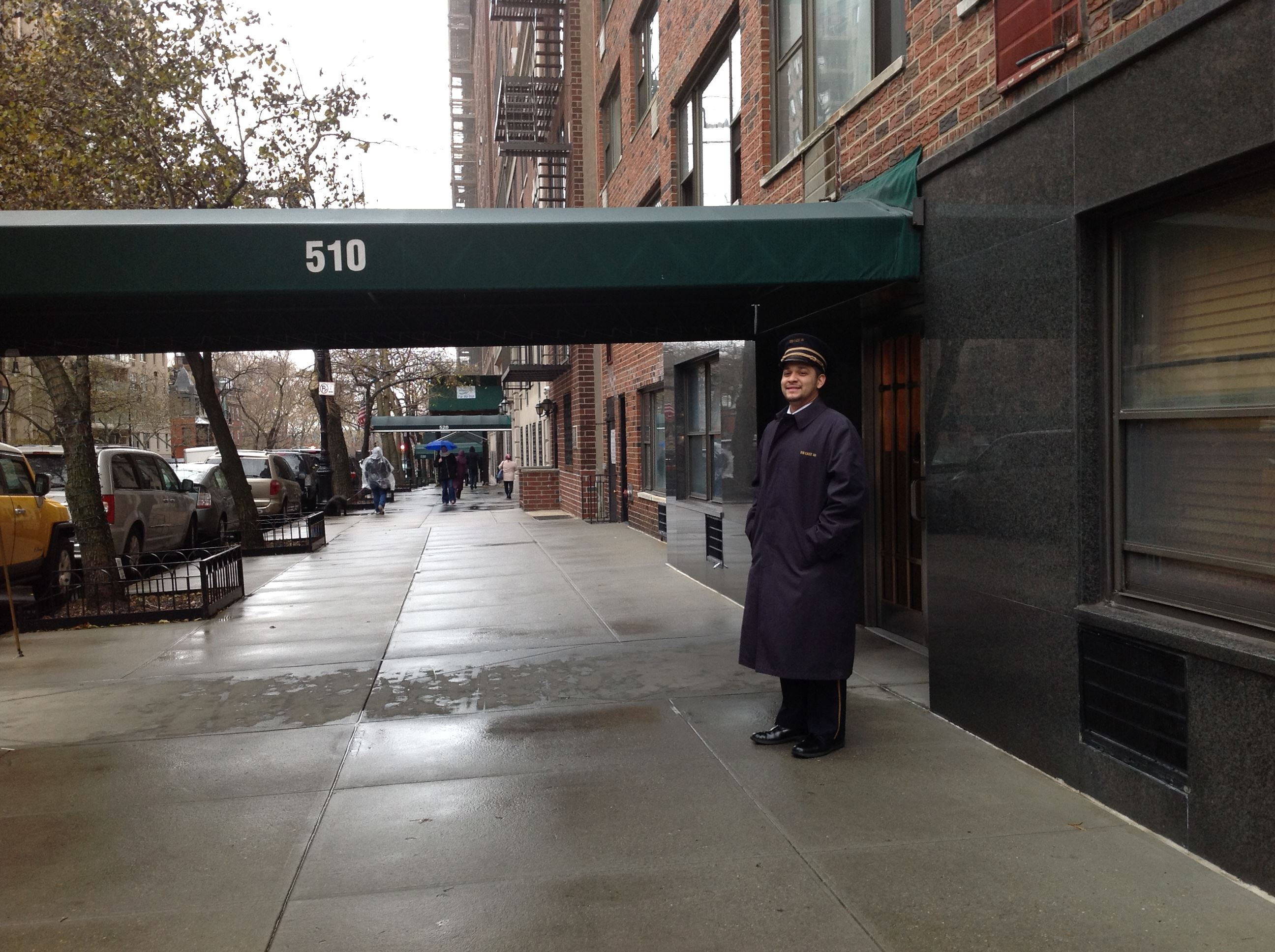 Streeteasy 510 east 86th street in yorkville 5a sales for Living room 86th street brooklyn ny