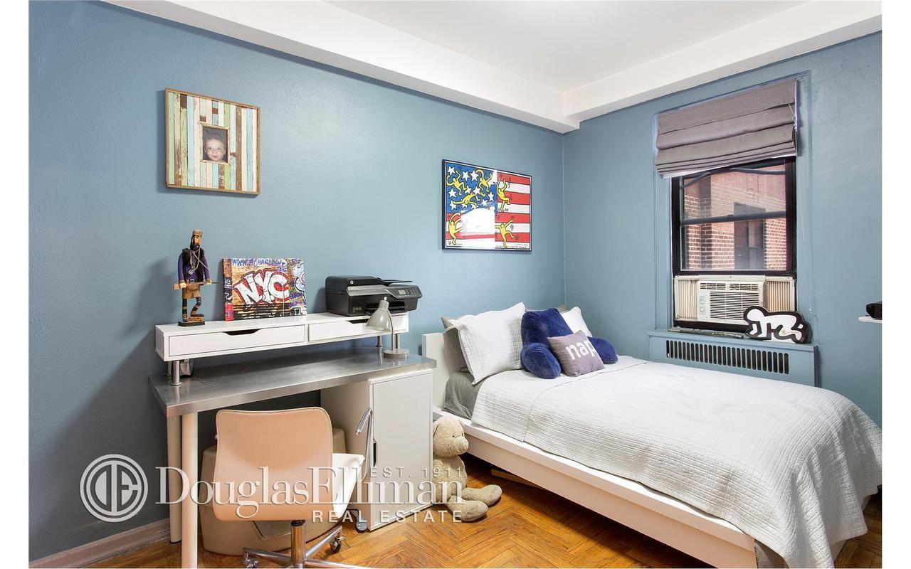 Streeteasy 77 park terrace east in inwood d75 sales for 70 park terrace east new york ny