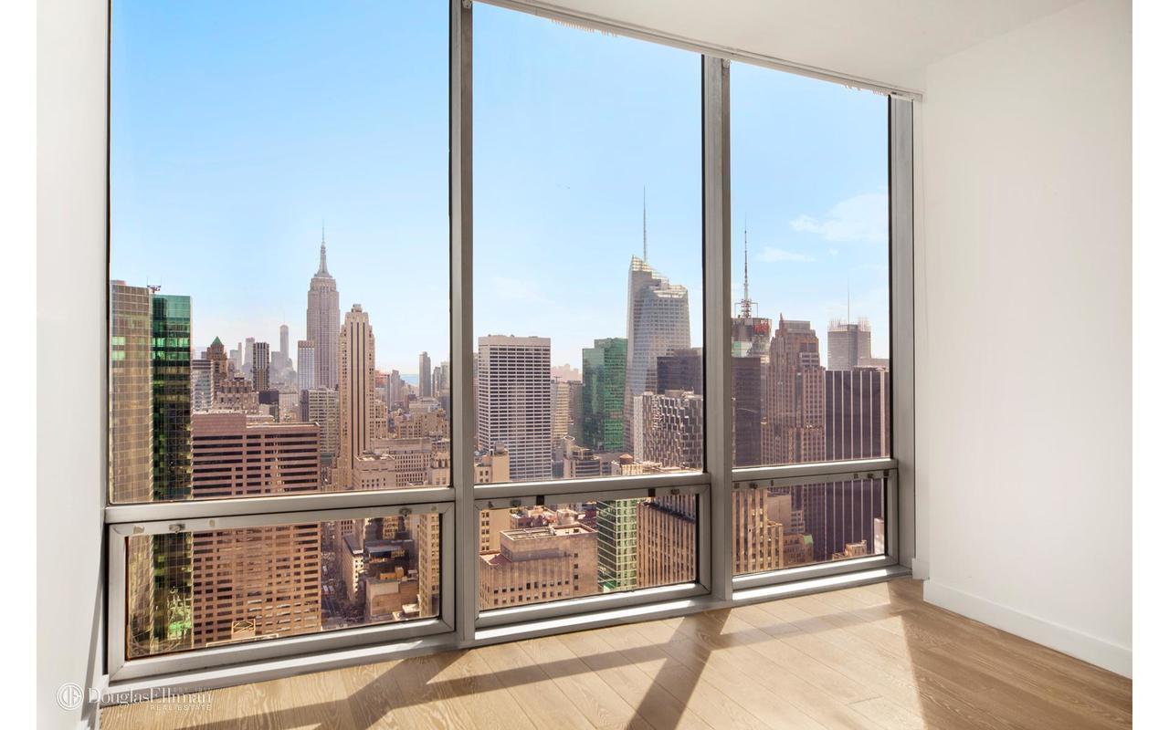 Streeteasy Olympic Tower At 641 Fifth Avenue In Midtown 48f Sales Rentals Floorplans Streeteasy