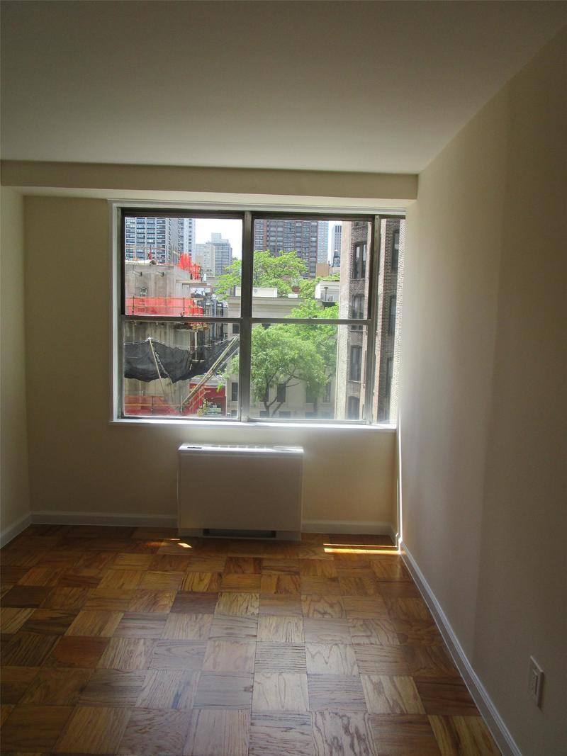 Streeteasy 250 East 63rd Street In Lenox Hill 502