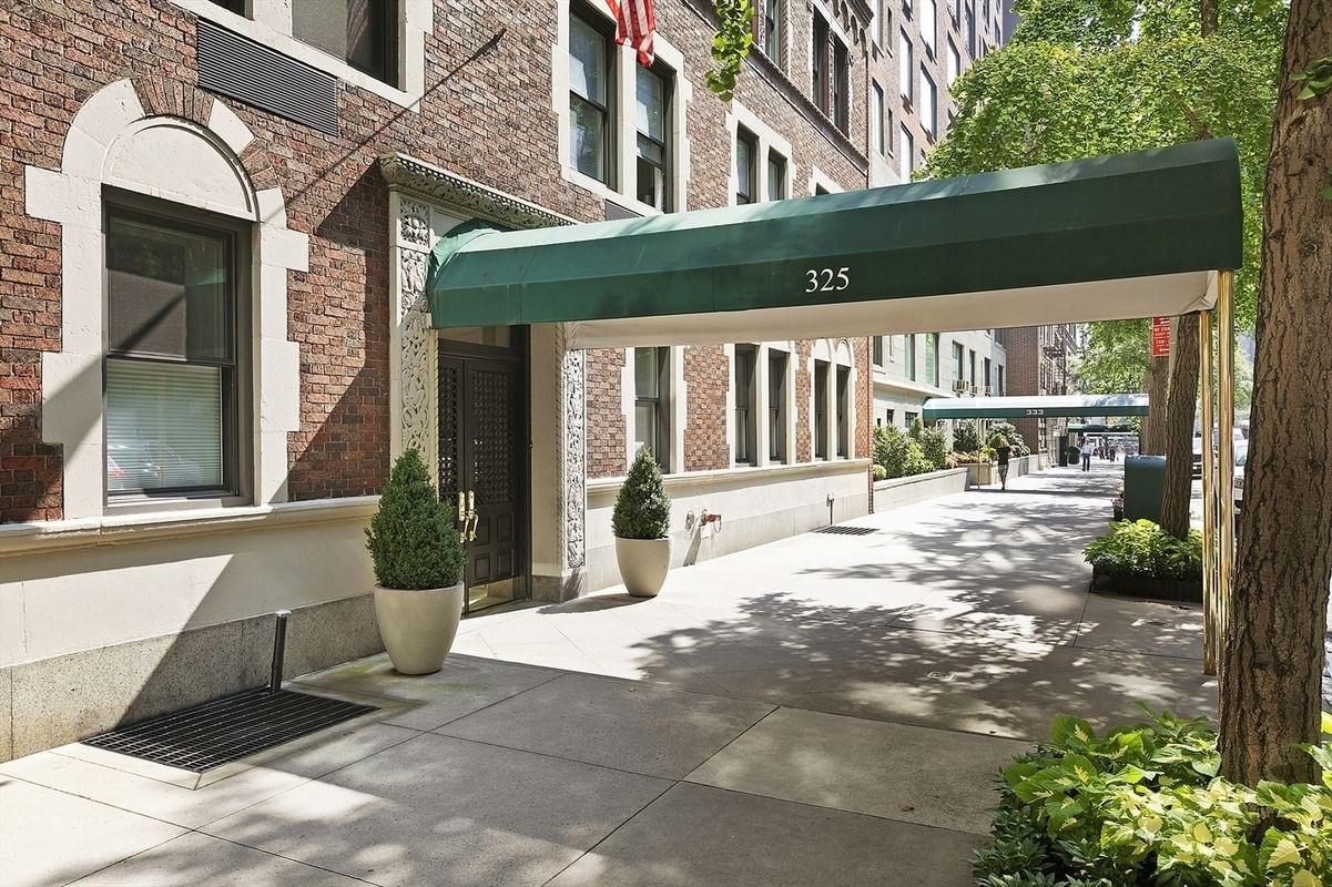 StreetEasy: 325 East 57th Street in Sutton Place, #8B