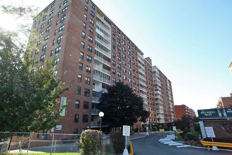 Streeteasy The Brussels At 98 01 67th Avenue In Rego Park