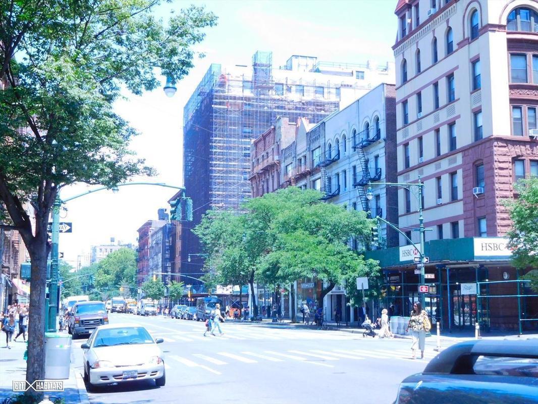 Streeteasy 305 Columbus Avenue In Upper West Side 24
