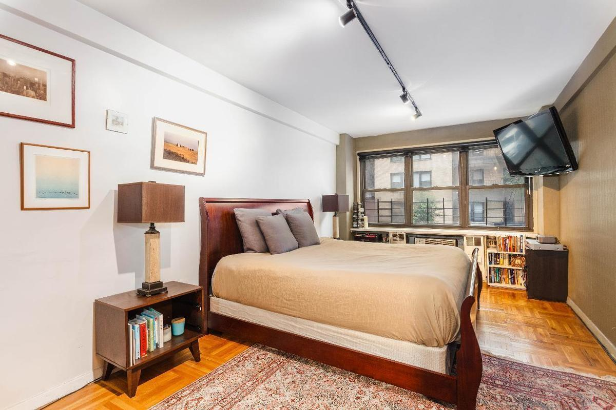 Streeteasy 347 East 53rd Street In Sutton Place 1a