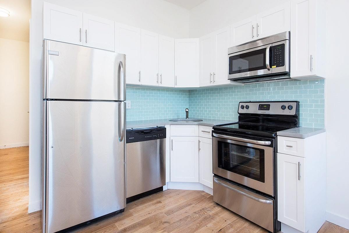 72-14 69th Place #R3 in Glendale, Queens | StreetEasy