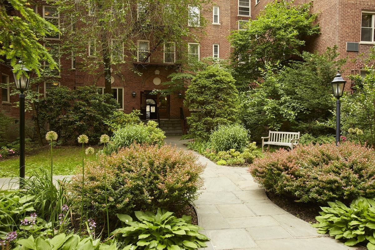 StreetEasy: Gracie Gardens at 520 East 90th Street in Yorkville, #5B ...