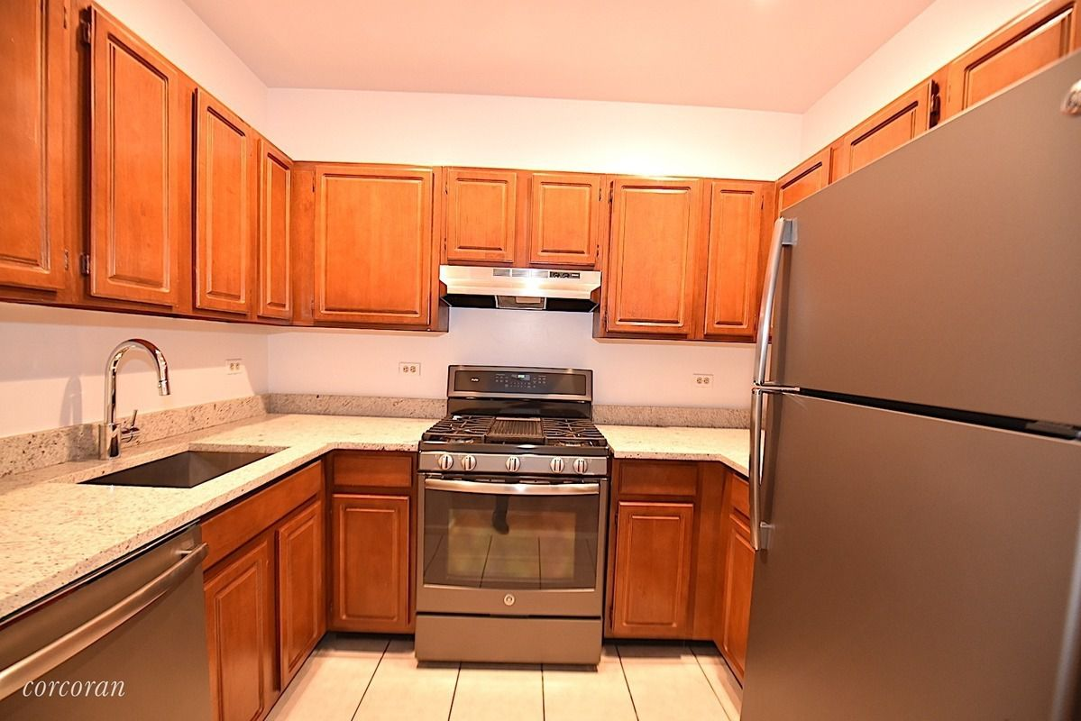 galley kitchen pictures streeteasy pistilli grand manor at 45 02 ditmars 1169