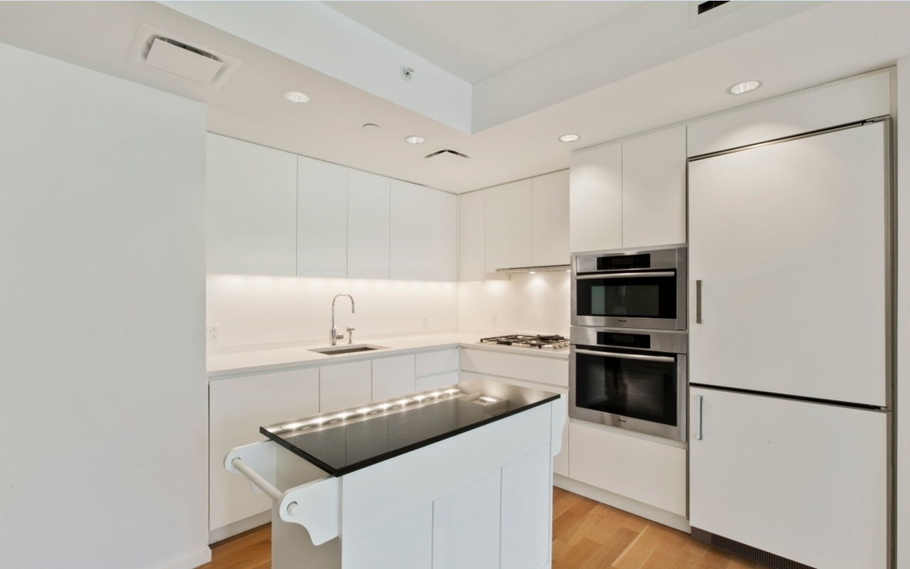 StreetEasy: The Dillon at 425 West 53rd Street in Hell\'s Kitchen ...