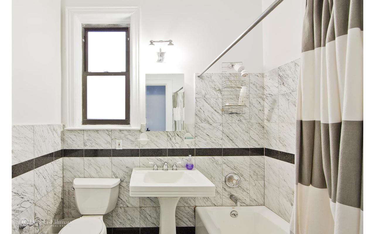 StreetEasy: 40 Grace Court in Brooklyn Heights, #2 - Sales, Rentals ...