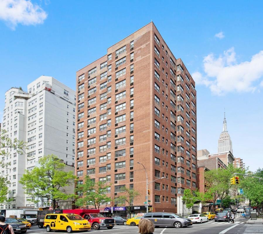 Street Easy Rentals: StreetEasy: 166 East 35th Street In Murray Hill, #5G