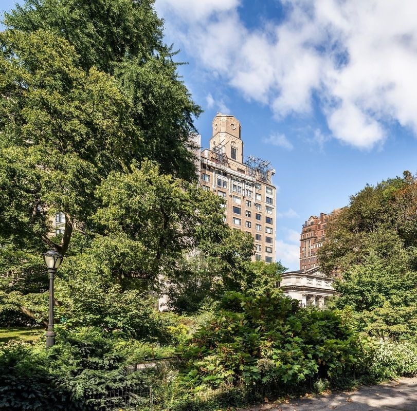 Central Park New York Condos: 91 Central Park West In Lincoln Square : Sales, Rentals
